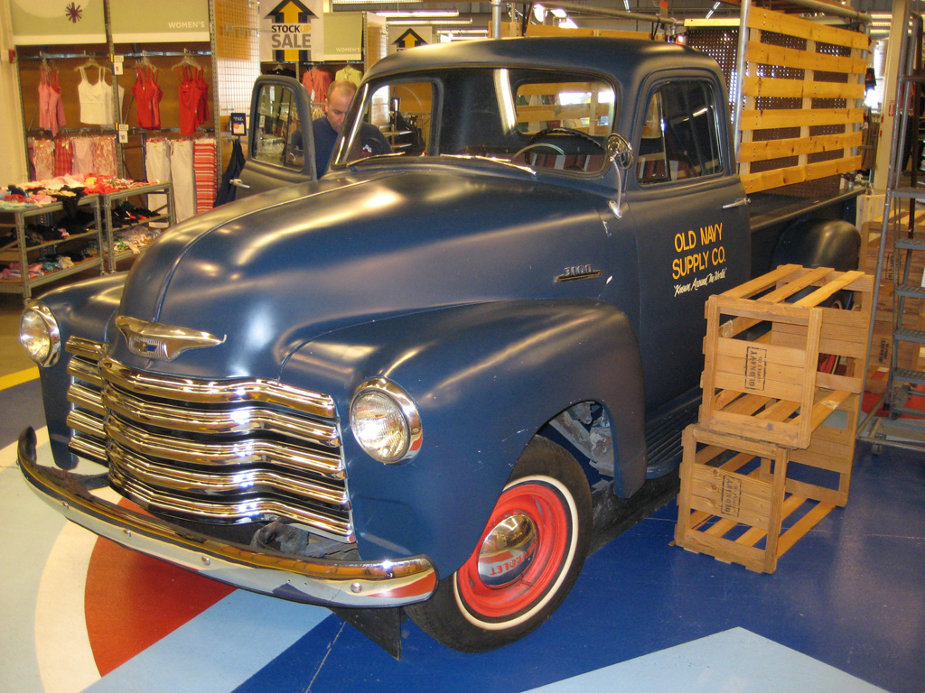 Interstate Trucking Reviews >> Store Fixture Exhibit and Display Moving Company | Avatar ...